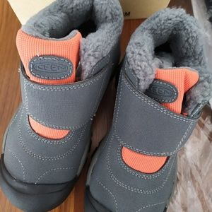 New Keen boys Winter Boots
